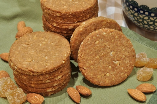 Whole-wheat Biscuits with Almond and Ginger
