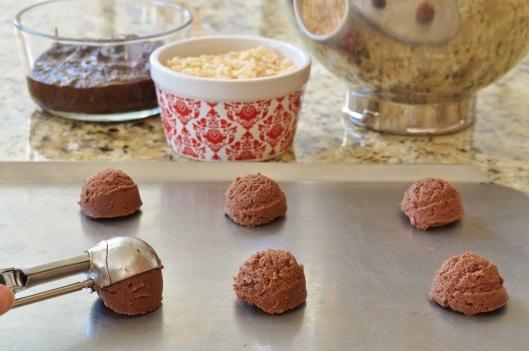 Scoop the cookies