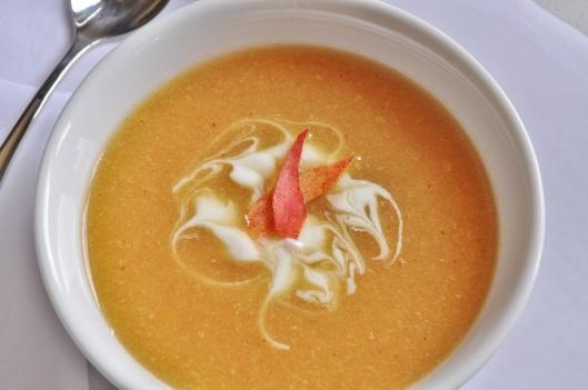 Nectarine-Prosecco Soup