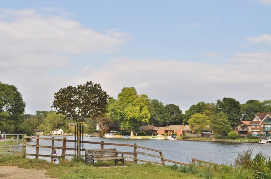 The Thames Path at Bourne End