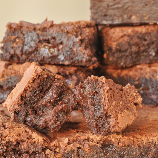 Amaretto-Sultana Brownie