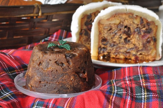 Mini Gluten-Free Christmas Pudding and Cake