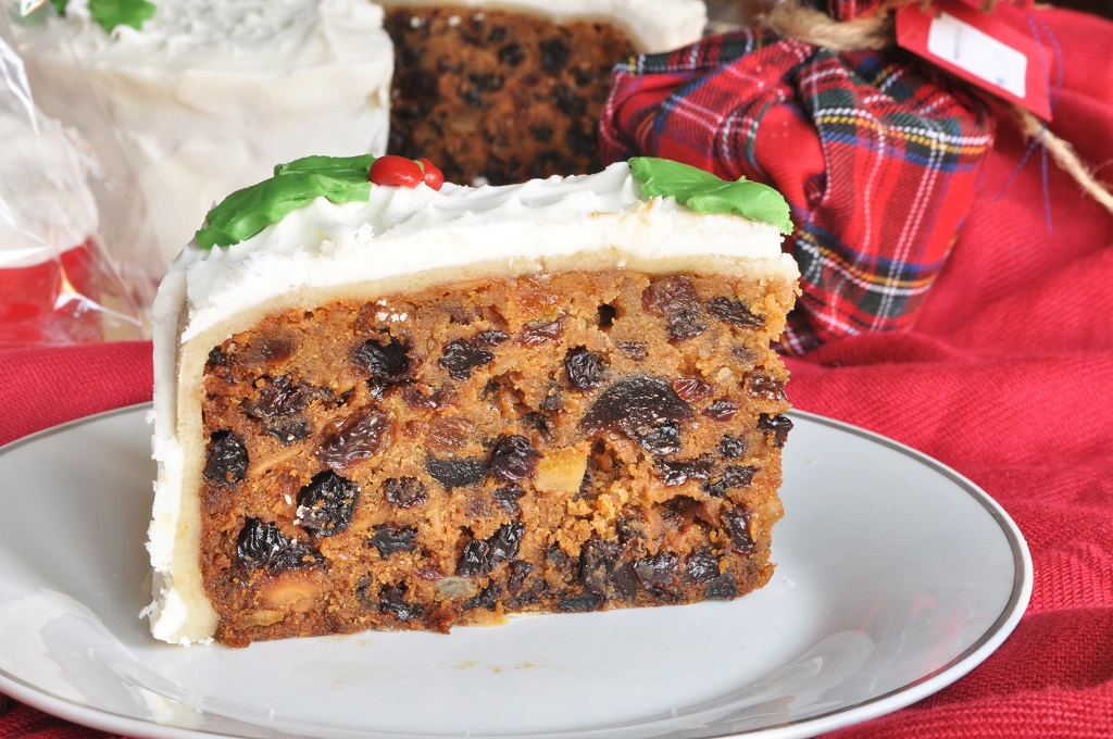 traditional british christmas cake - British Christmas Traditions