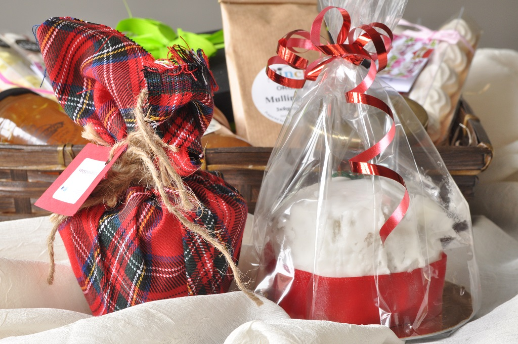 Very good foods miniature christmas desserts the lass in the apron very good food gluten free christmas bakes negle Images