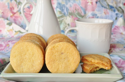 Cornmeal-Pear Shortbread Sandwiches